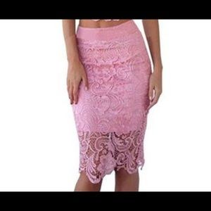 Dresses & Skirts - LACE BODYCON SKIRT❤️SALE❤️