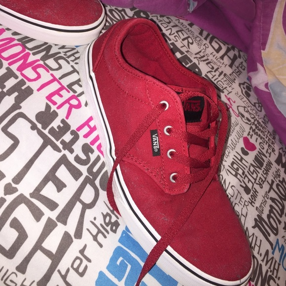 kid how to find comfortable feel Youth size 6.5 All Red Vans with all white bottom