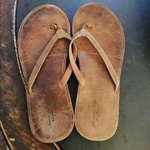 American Eagle Outfitters Shoes Leather Flip Flops Sz 10