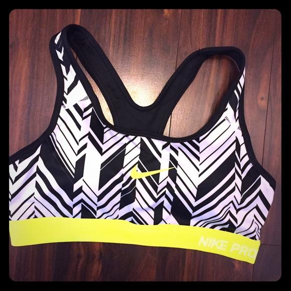 0fcb6242bf Nike Pro Sports Bra - Black White Yellow Design. M 57767ac8c6c79573f6002080