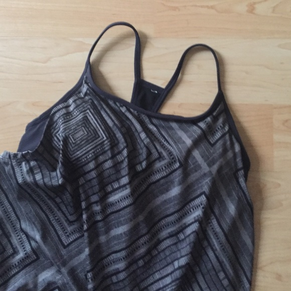 55 off fabletics tops nwot fabletics tank with built in for Shirts with built in sports bra