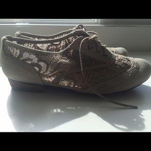 Shoes   Cute Slip Ons Von Maur Size 85
