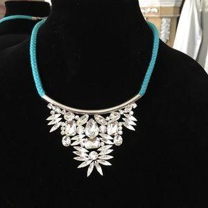 nOir Jewelry Jewelry - 🌺HP🌺 Noir Crystal Triangle Necklace & Earrings