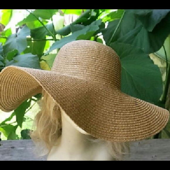 SUN HAT Extra Wide Brim Straw Hat 6ec3c2b166c