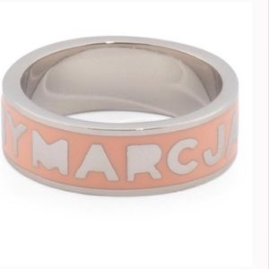 MARC JACOBS ring.
