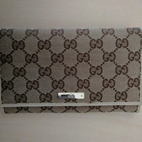 55801cd13a5 Gucci Handbags - NWOT Gucci Original Canvas Leather Wallet Bifold