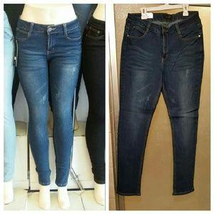 favor21 Denim - 🎉New Dark Blue Distressed look skinny Jeans