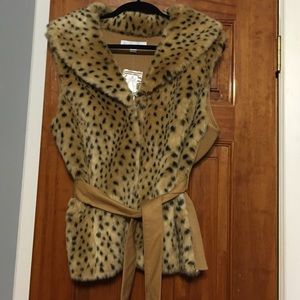 NY&Co. Cheetah fur vest XL & XS
