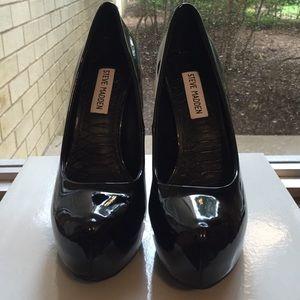 Black Steve Madden Platform Heels. Like new!