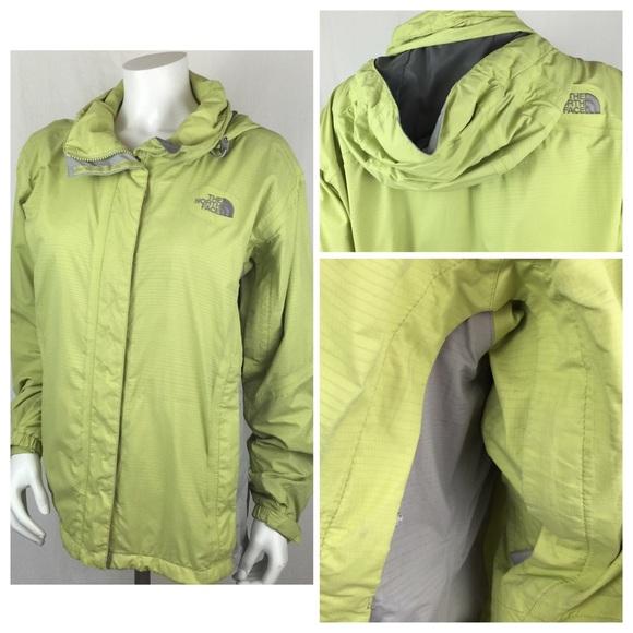 a145713b2 North Face Women's Lightweight Rain Jacket Coat