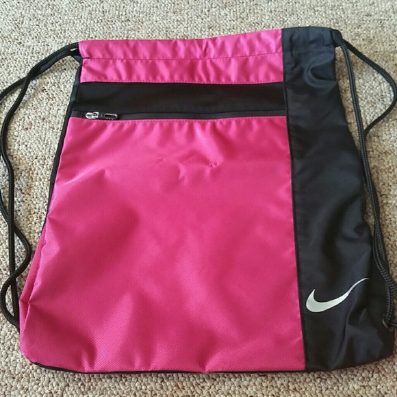 79 off nike handbags �lowest price�nike bag from