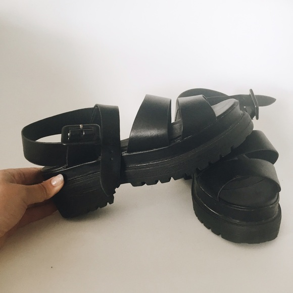 a4375e1d7e4 ASOS Shoes - Asos Truffle Collection Chunky Platform Sandal