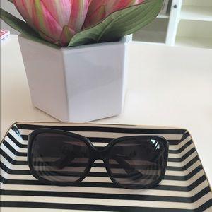 FENDI Accessories - Black Fendi Sunglasses