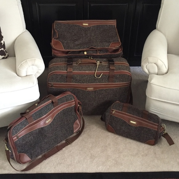 Jaguar Handbags - Vintage Jaguar 4 Piece Tweed Luggage Set f19e1c91f