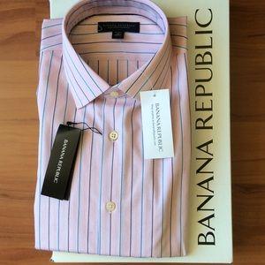 Banana Republic Other - Banana Republic Men Shirt 👔