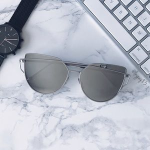 Accessories - Silver Mirrored Cat Eye Sunglasses NWOT