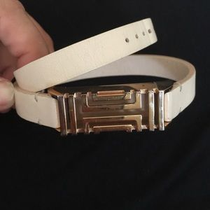 💥Flash Sale💥Tory Burch Leather Fit Bit