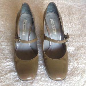 Via Spiga Shoes - FINAL PRICE 💄Via Spiga Mary Jane pumps 6.5