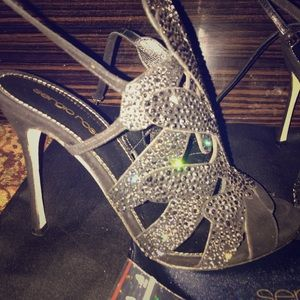 Sergio Rossi size 36 beautiful stunning shoes .