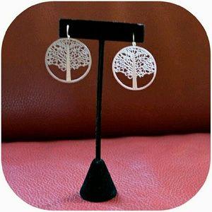 Farah Jewelry Jewelry - 🆕Tree Of Life Earrings SILVER