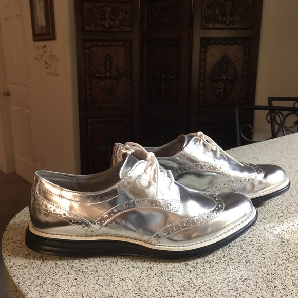 81949a0e5e4 Cole Haan Shoes - Cole Haan Original Grand Silver Wing Tip Loafers 8