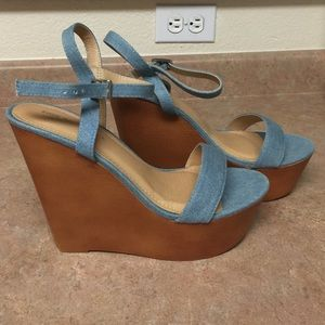 5 Inch Denim Platform Wedge size 9 (Never Worn)