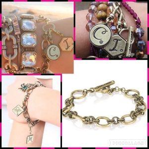 Chloe + Isabel Jewelry - Trésors Toggle Bracelet