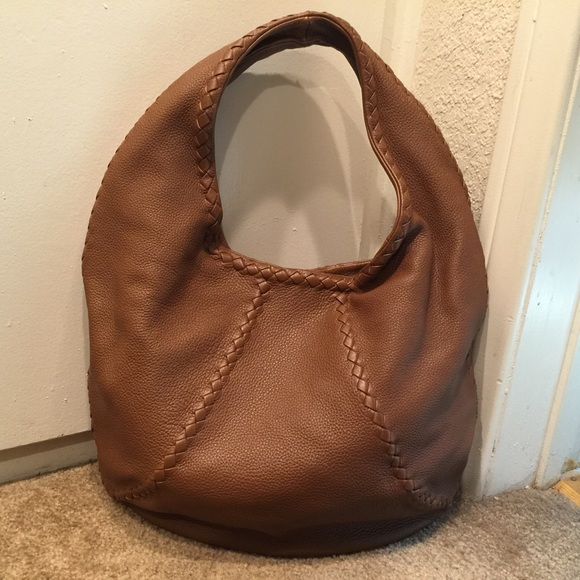 Bottega Veneta Handbags - 🔴Reduced 🔴Bottega Veneta cervo hobo bag f8467c34d6760