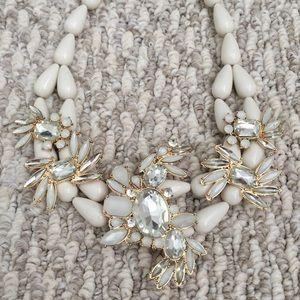 Jewelry - Cream Bead + Gem Elegant Statement Necklace