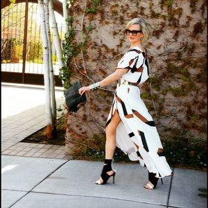 Dresses & Skirts - Graphic print dress