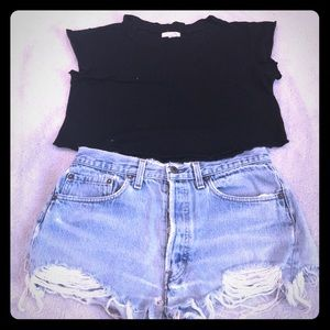 BLQ cropped tee