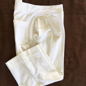 Coldwater Creek Pants - Coldwater Creek White Capris 💥20% OFF BUNDLE💥