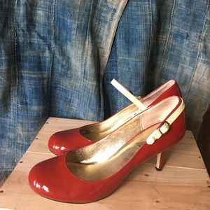 Steve Madden | size 11 | luvvy | red patent