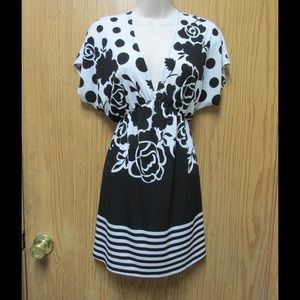 Dresses & Skirts - Divine Black-White Stretchy Dress/Cover Up