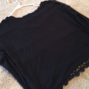 Tops - Long sleeve black top