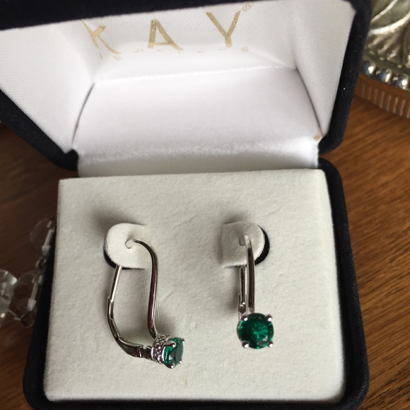 e3cc538ab5629 Kay Jewelers 1/2 Carat Emerald Earrings