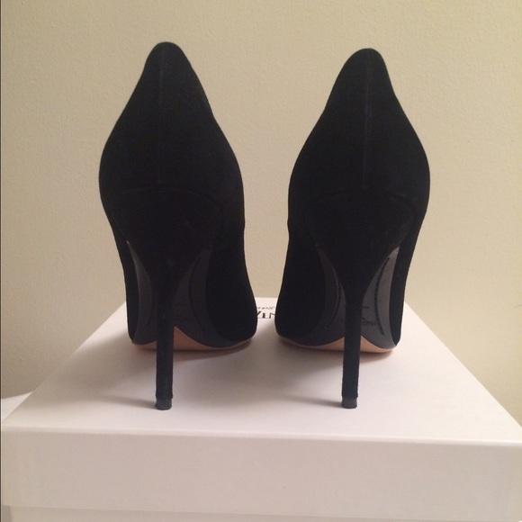 Saint Laurent Shoes - Yves Saint Laurent Opyum Pumps