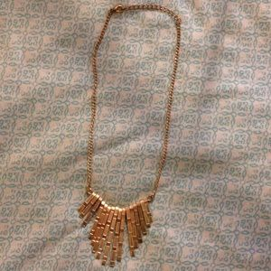 Jewelry - Faux gold necklace