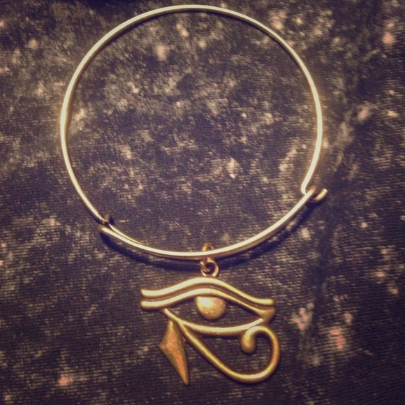 Bronze bangle with eye of Horus charm 👁‍🗨