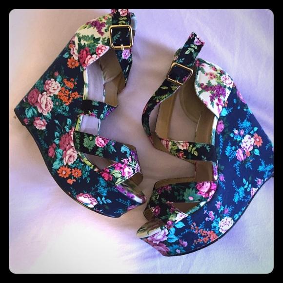 25c3eb2622dc ALDO Shoes - Aldo
