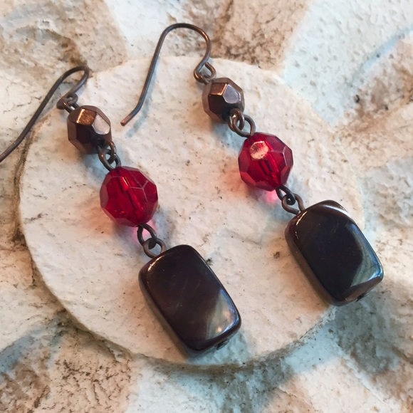 Jewelry - Small red and brown earrings