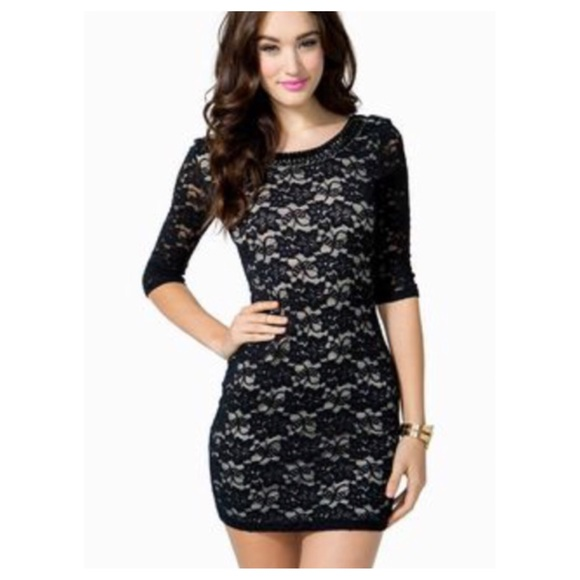 be260ca6cdc Agaci Dresses   Skirts - A Gaci Lace Bodycon Dress