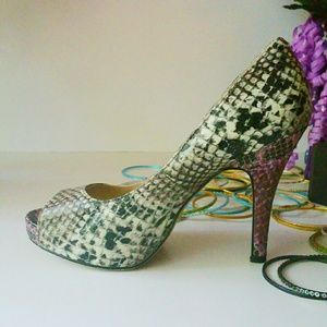Happy Holidays SALE Steve Madden Python Pumps