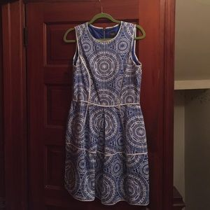 Taylor dress mosaic print blue and white size 10