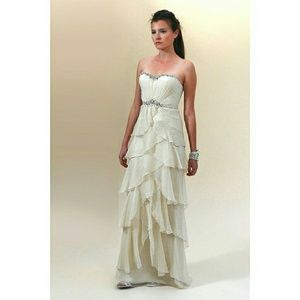 "Jenny Packham Dresses & Skirts - Jenny Packham Couture Wedding Gown ""Giralda"""