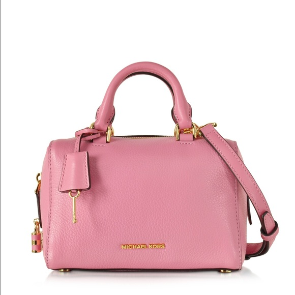 254313e3dffb New MICHAEL Michael Kors xs Kirby Satchel pink. M_577a6eb6c6c795099c001ded