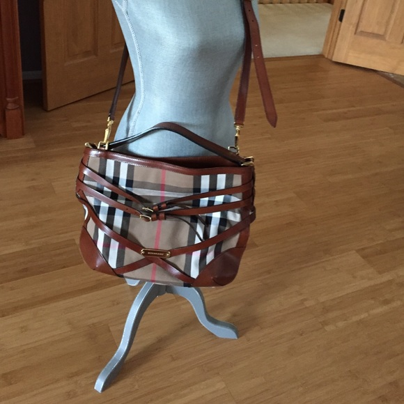 3222fbbcf64e Burberry Handbags - Burberry Bridle House Small Dutton Hobo