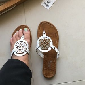 385 Fifth Shoes - Pretty white sandals (look alittle like T. B.)