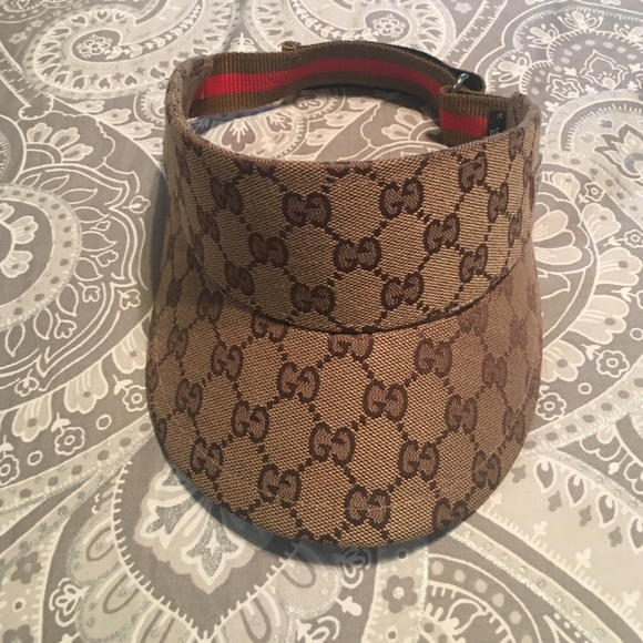 10357e5c11665 Gucci Accessories - Gucci sun visor