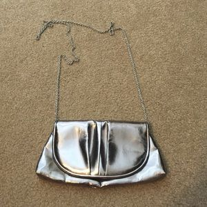 La Regale Handbags - Silver purse/clutch